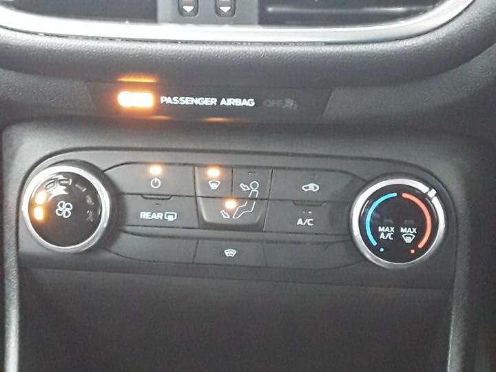 Ford Fiesta 1.0t Ecoboost Gpf Zetec Hatchback 3dr Petrol Manual (s/s) (100 Ps)   MF68OXA   Photo 21