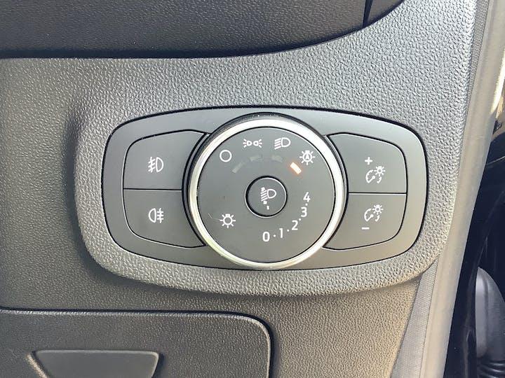 Ford Fiesta 1.0t Ecoboost Titanium Hatchback 5dr Petrol Manual (s/s) (100 Ps) | MM18VGE | Photo 21