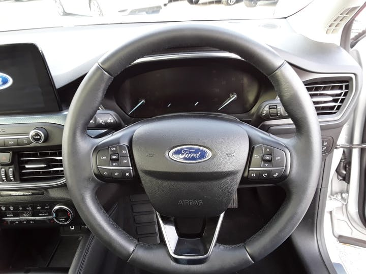 Ford Focus 1.0t Ecoboost Active X Hatchback 5dr Petrol Manual (s/s) (125 Ps) | MT69BSV | Photo 21
