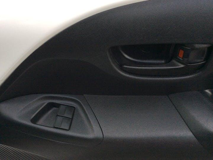Peugeot 108 1.0 Active Hatchback 5dr Petrol (68 Ps) | YT18CLF | Photo 21