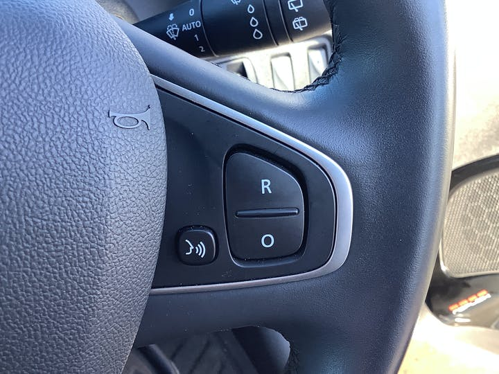 Renault Clio 1.2 Tce Dynamique S Nav Hatchback 5dr Petrol (s/s) (120 Ps) | BJ18NXC | Photo 22