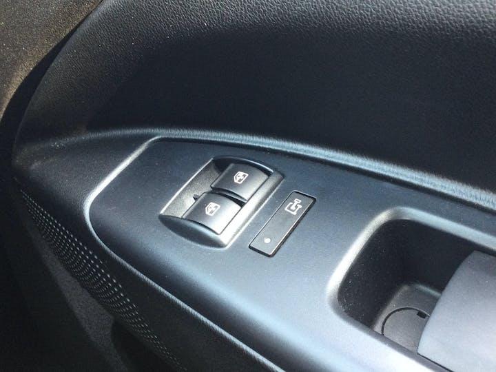 Vauxhall Combo 1.3 CDTi 2000 Ecoflex Panel Van 3dr Diesel Manual SWB (s/s) (120 G/km, 94 Bhp) | DX18WRO | Photo 22