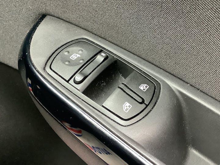 Vauxhall Corsa 1.4i Ecotec SRi Hatchback 5dr Petrol (75 Ps)   FL67NJJ   Photo 22