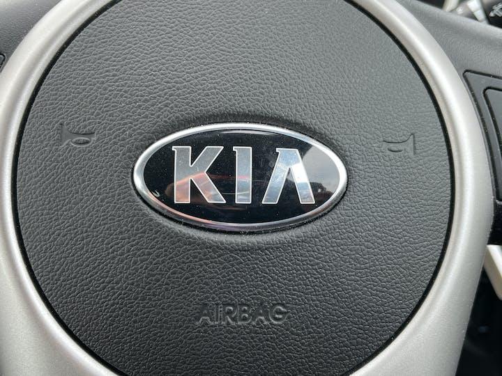 Kia Venga 1.6 3 Mpv 5dr Petrol (s/s) (123 Bhp) | FV18KOD | Photo 22