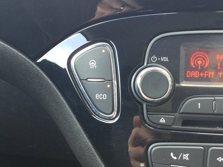 Vauxhall Corsa Van 1.3 Sportive Panel Van 3dr Diesel Manual (108 G/km, 94 Bhp) | KE17ZBP | Photo 22