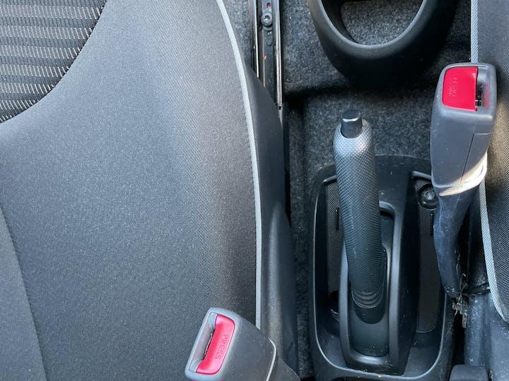 Peugeot 107 1.0 12v Allure Hatchback 3dr Petrol Manual (99 G/km, 68 Bhp) | LM12XCV | Photo 22