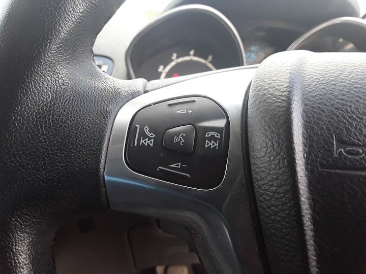 Ford Fiesta 1.0 Ecoboost Titanium Hatchback 5dr Petrol Manual (s/s) (99 G/km, 123 Bhp) | ML64MGV | Photo 22
