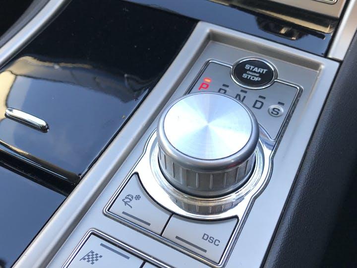 Jaguar XF 3.0 TD V6 S Premium Luxury Saloon 4dr Diesel Automatic (169 G/km, 271 Bhp) | RE11WBK | Photo 22