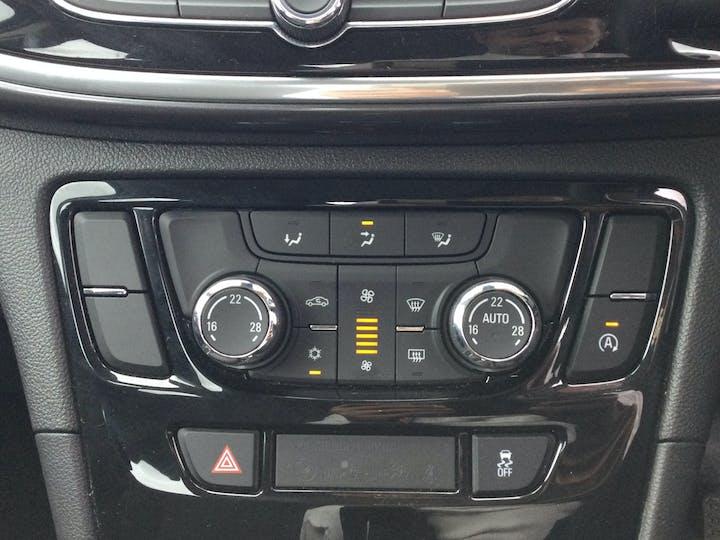 Vauxhall Mokka X 1.4i Turbo Ecotec Design Nav SUV 5dr Petrol (s/s) (140 Ps) | DV69YRU | Photo 23
