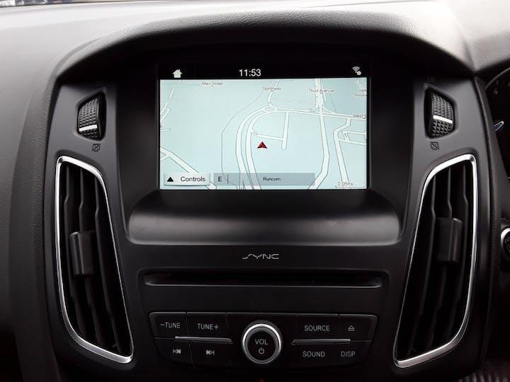 Ford Focus 1.0t Ecoboost Titanium Hatchback 5dr Petrol (s/s) (100 Ps) | MM17EHE | Photo 23