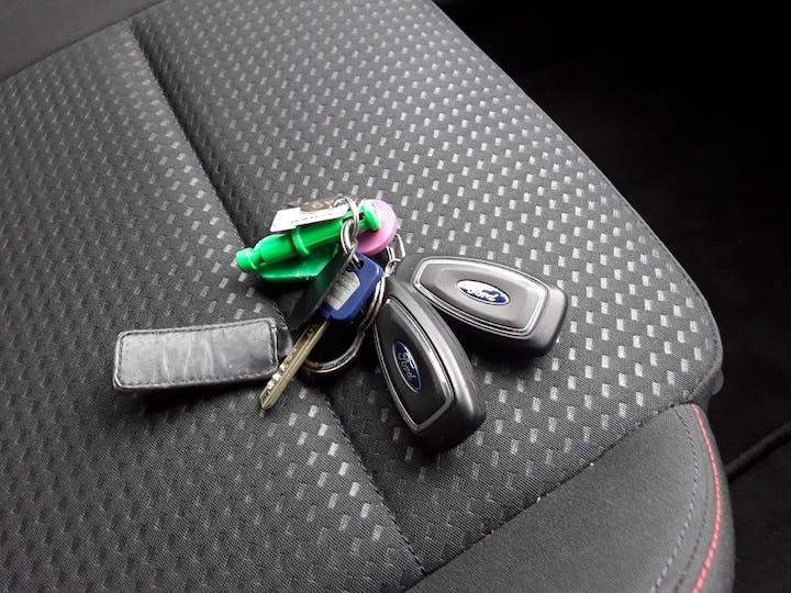 Ford Focus 1.0t Ecoboost St Line Hatchback 5dr Petrol Manual (s/s) (125 Ps)   MM69UHT   Photo 23