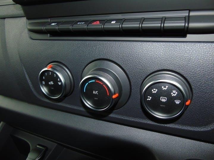 Vauxhall Movano 2.3 CDTi 3500 Biturbo Edition Panel Van 5dr Diesel Manual FWD L3 H2 Eu6 (135 Ps)   MT70YVA   Photo 23
