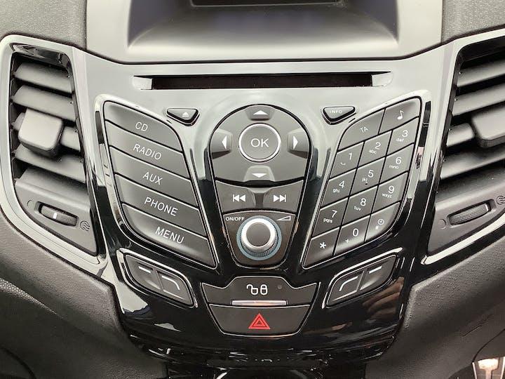 Ford Fiesta 1.0 Ecoboost Zetec S Hatchback 3dr Petrol Manual (s/s) (eu6) (99 G/km, 123 Bhp)   MW65YGX   Photo 23
