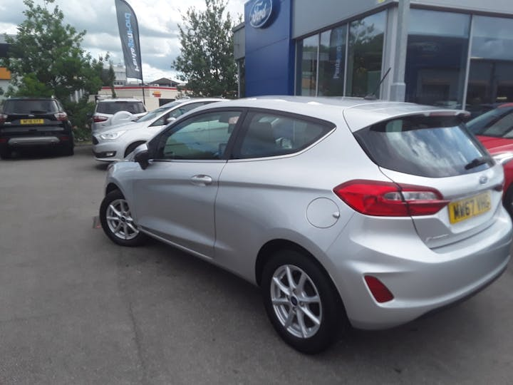 Ford Fiesta 1.1 Ti Vct Zetec Hatchback 3dr Petrol Manual (s/s) (85 Ps) | MW67VHG | Photo 23
