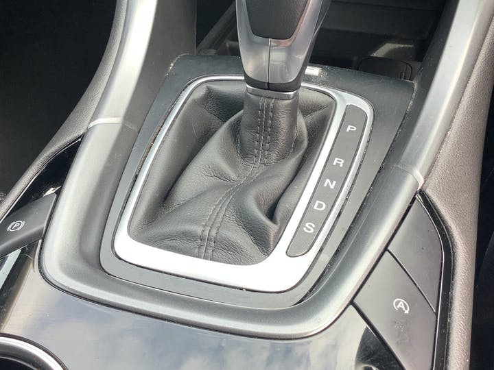 Ford Mondeo 2.0 TDCi St Line Hatchback 5dr Diesel Powershift (s/s) (180 Ps)   WU67VPN   Photo 23