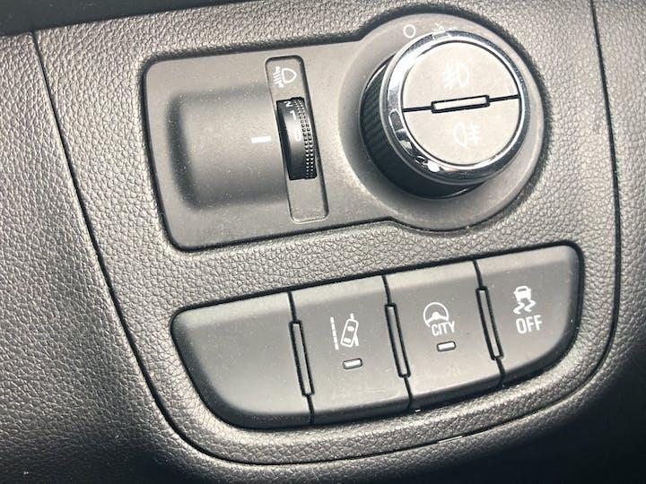 Vauxhall Viva 1.0i SE Hatchback 5dr Petrol (75 Ps) | YM65HHG | Photo 23