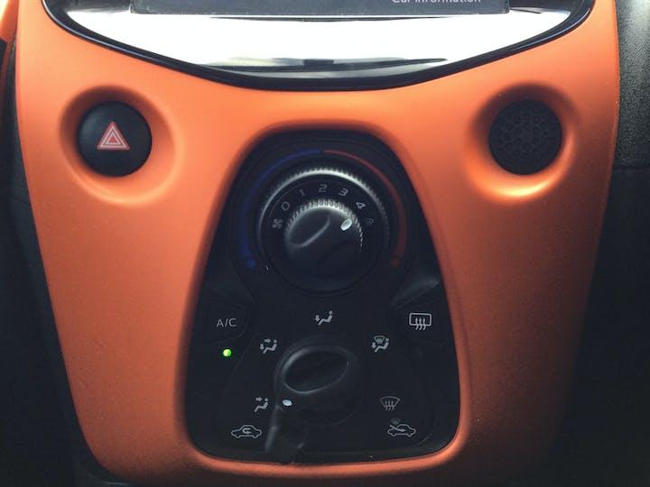 Citroen C1 1.0 VTi Urban Ride Hatchback 5dr Petrol Manual (72 Ps) | BJ68EBV | Photo 24