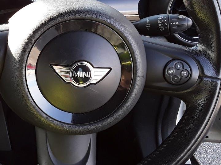 MINI Hatch 1.6 Cooper Soho Hatchback 3dr Petrol Manual (127 G/km, 122 Bhp)   BV61ODK   Photo 24