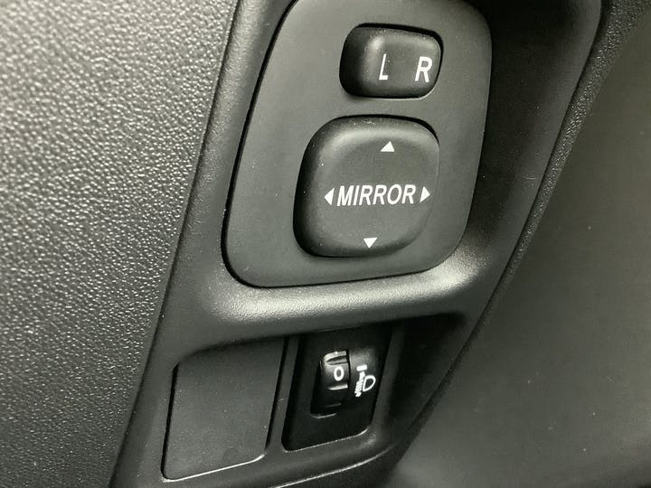 Citroen C1 1.2 Puretech Flair Hatchback 5dr Petrol Manual (82 Ps)   FN18OKW   Photo 24