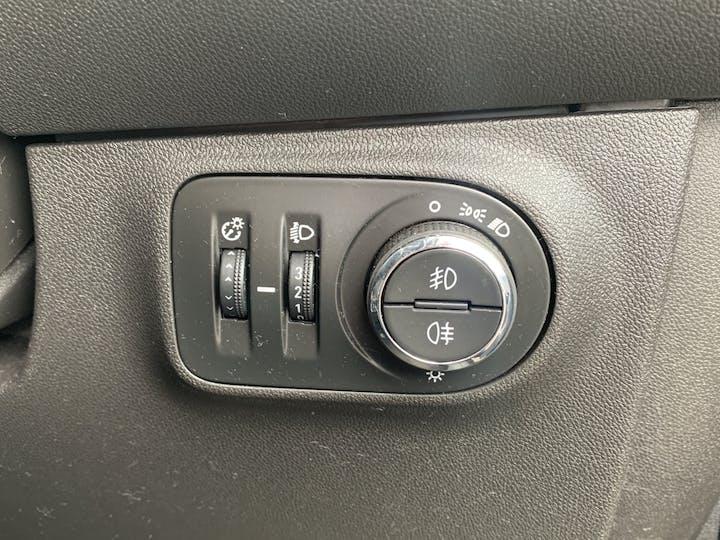 Vauxhall Corsa 1.4i Turbo Black Edition Hatchback 3dr Petrol (s/s) (150 Ps) | MF67TEO | Photo 24