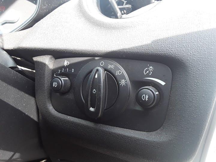 Ford Fiesta 1.0 Ecoboost Titanium Hatchback 5dr Petrol Manual (s/s) (99 G/km, 123 Bhp) | ML64MGV | Photo 24