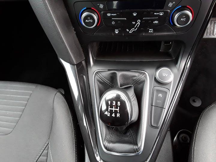 Ford Focus 1.0t Ecoboost Titanium Hatchback 5dr Petrol (s/s) (100 Ps) | MM17EHE | Photo 24