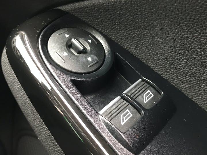 Ford Fiesta 1.25 82PS Zetec 5dr | NJ67AUV | Photo 24