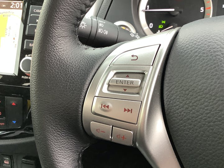 Nissan Navara 2.3 DCi Tekna Double Cab Pickup 4dr Diesel Auto 4wd (sunroof) (190 Ps) | BG69HFW | Photo 25