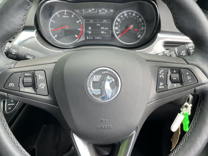 Vauxhall Corsa 1.4i Ecotec SE Nav Hatchback 5dr Petrol (90 Ps)   DT19ZVE   Photo 25