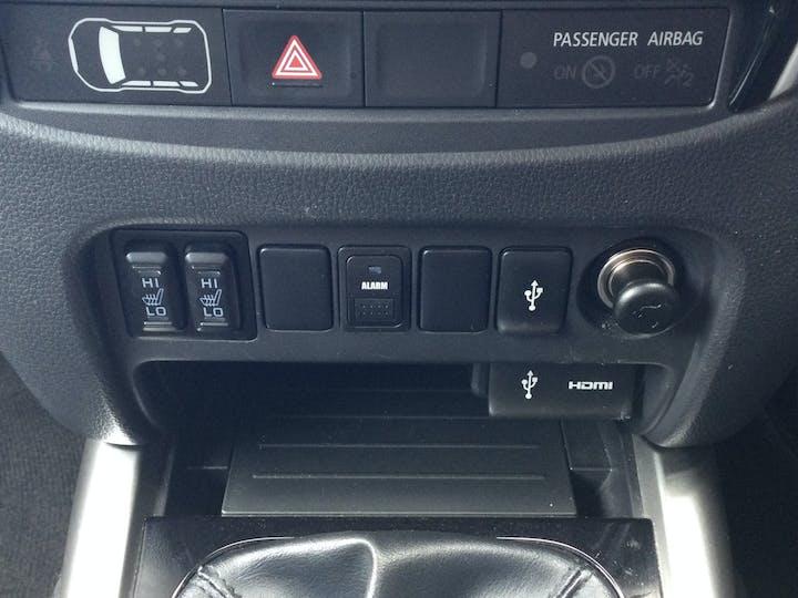Mitsubishi L200 2.4 Di D Dc Warrior Pickup 4dr Diesel Manual 4wd (178 Bhp) | DY19TYF | Photo 25