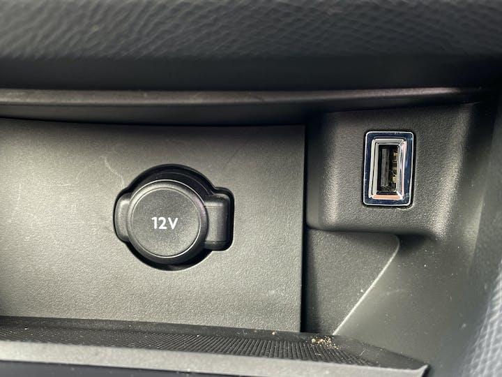 Peugeot 308 1.2 Puretech Tech Edition Hatchback 5dr Petrol Eat (s/s) (130 Ps) | KO69XUE | Photo 25