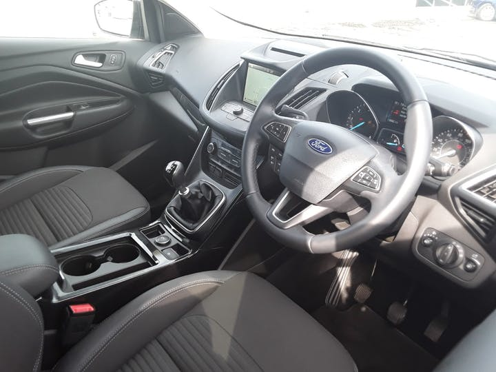 Ford Kuga 1.5 TDCi Titanium SUV 5dr Diesel Manual (s/s) (120 Ps) | MA68VCF | Photo 25