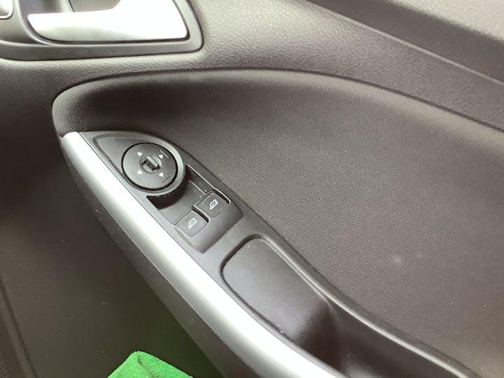 Ford Focus 1.0t Ecoboost Zetec Edition Hatchback 5dr Petrol (s/s) (100 Ps) | MM17EFA | Photo 25