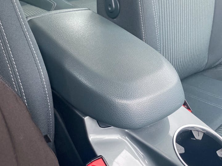 Ford C-MAX 1.6 TDCi Titanium Mpv 5dr Diesel Manual (117 G/km, 113 Bhp) | AX64BYA | Photo 26