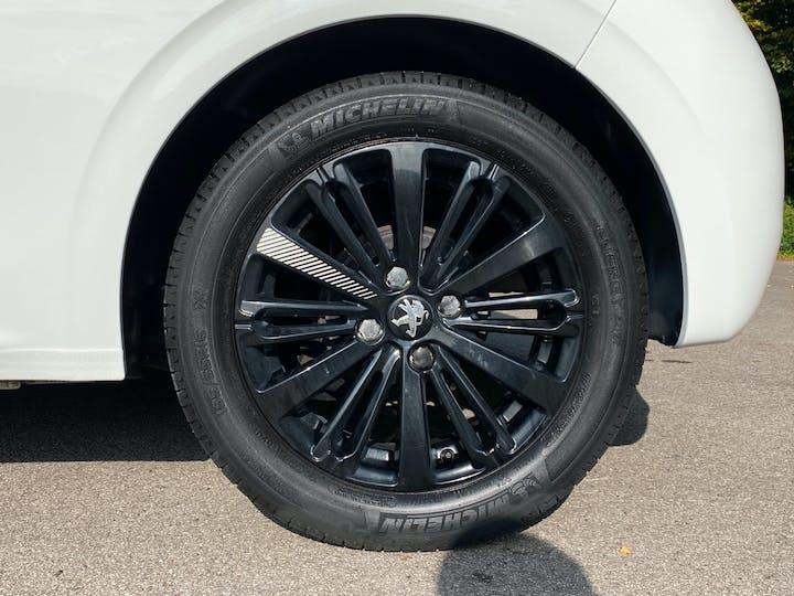 Peugeot 208 1.2 Puretech Black Edition Hatchback 3dr Petrol (82 Ps) | FP17RTO | Photo 26