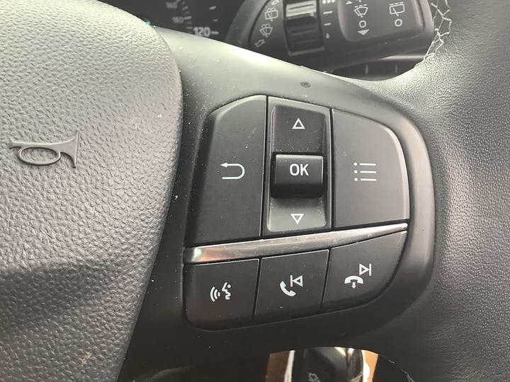 Ford Fiesta 1.1 Ti Vct Zetec Hatchback 5dr Petrol Manual (s/s) (85 Ps)   MC18LRO   Photo 26