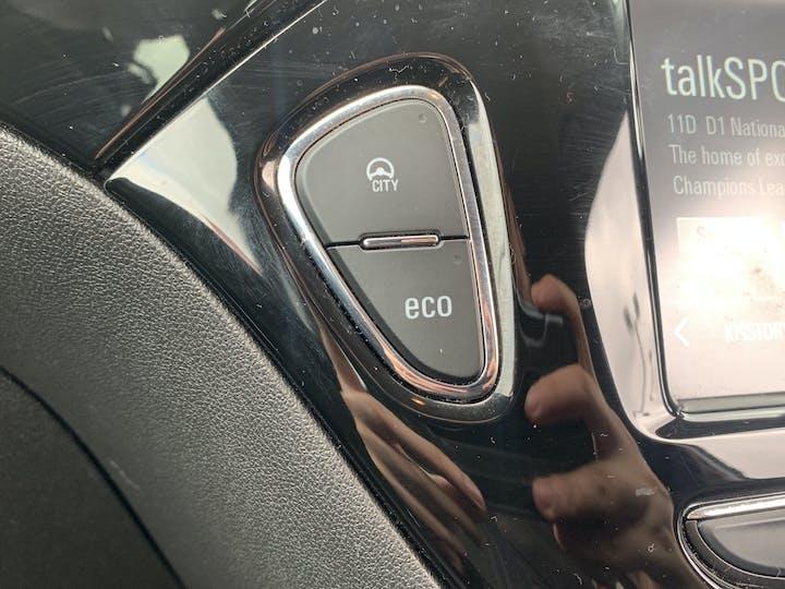 Vauxhall Corsa 1.4i Turbo Black Edition Hatchback 3dr Petrol (s/s) (150 Ps) | MF67TEO | Photo 26