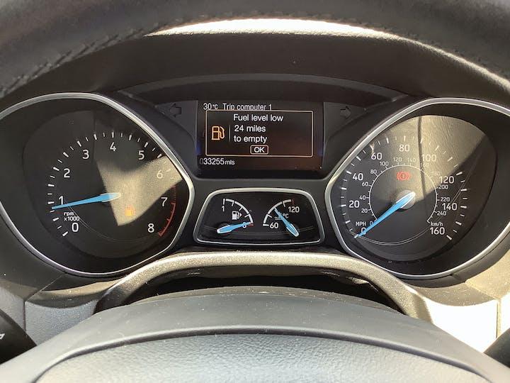 Ford Focus 1.0t Ecoboost Zetec Edition Hatchback 5dr Petrol (s/s) (100 Ps) | MM17EFA | Photo 26