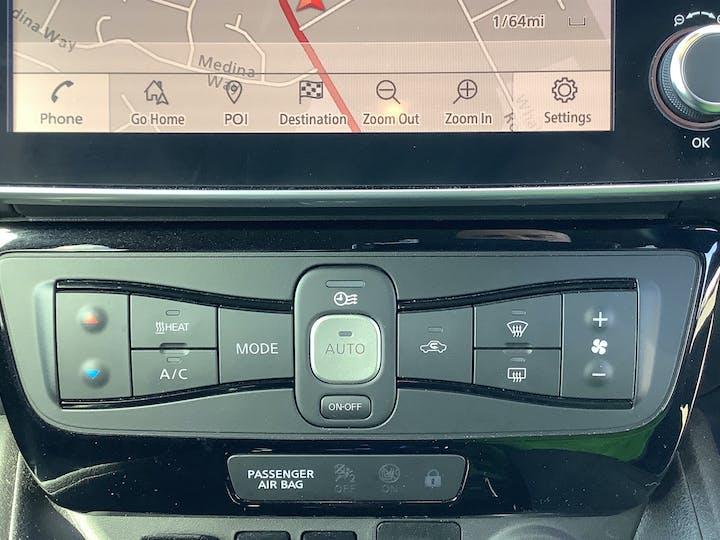Nissan Leaf 40kwh N Connecta Hatchback 5dr Electric Auto (150 Ps) | VU69EOC | Photo 26