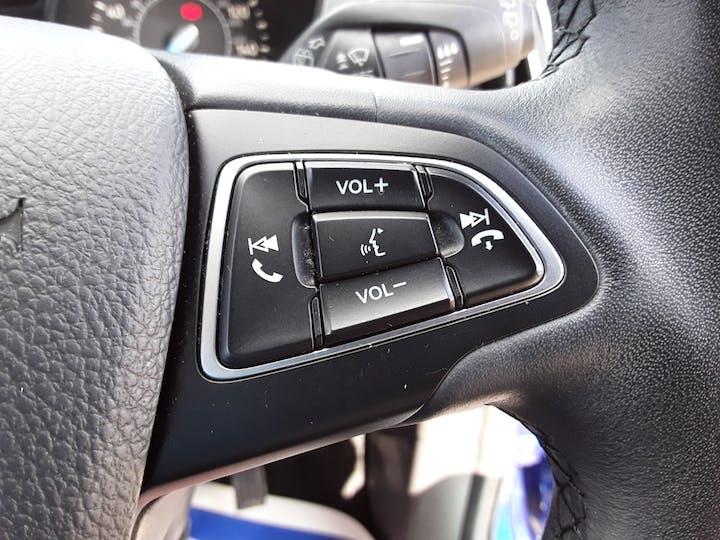 Ford Kuga 1.5 TDCi Titanium SUV 5dr Diesel Manual (s/s) (120 Ps)   MD17AHU   Photo 27