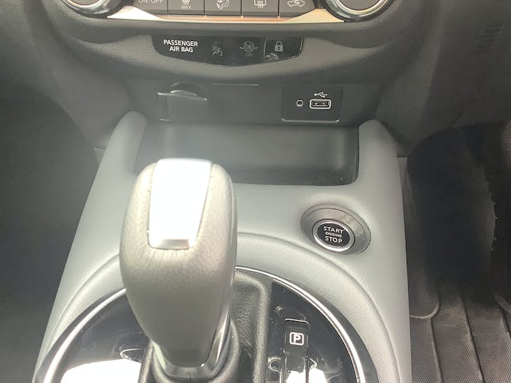 Nissan Juke 1.0 Dig T N Connecta SUV 5dr Petrol Dct Auto (s/s) (114 Ps)   PN70RZL   Photo 27