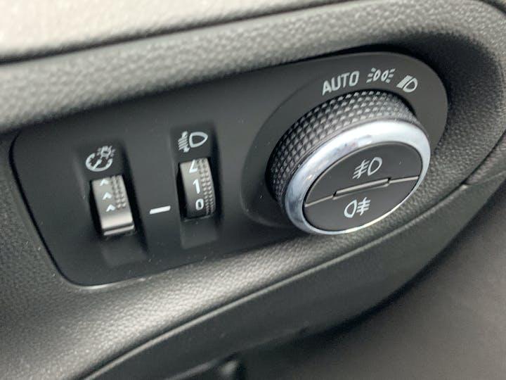 Vauxhall Grandland X 1.5 Turbo D SE Premium SUV 5dr Diesel Manual (s/s) (130 Ps) | YS70NUX | Photo 27
