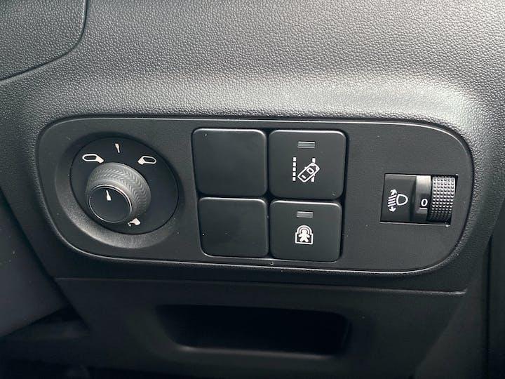 Citroen C3 1.2 Puretech Flair Hatchback 5dr Petrol Manual (s/s) (83 Ps)   AU69ZKJ   Photo 28