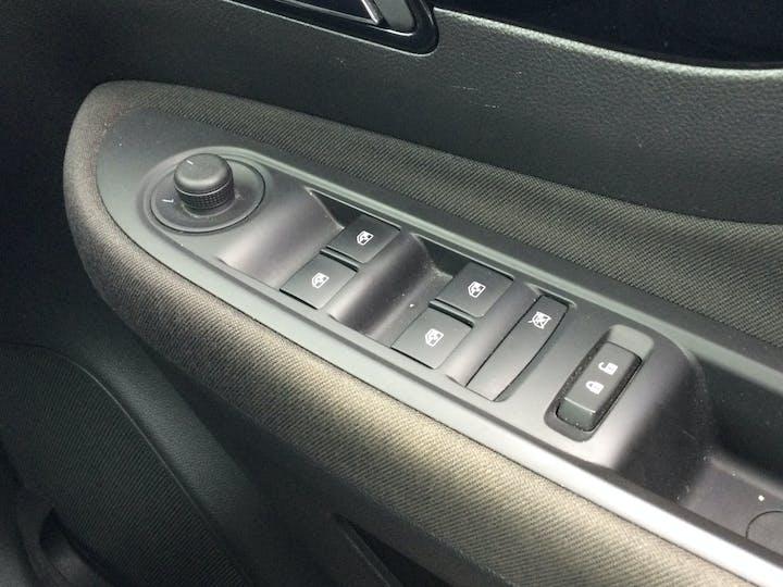 Vauxhall Mokka X 1.4i Turbo Ecotec Design Nav SUV 5dr Petrol (s/s) (140 Ps) | DV69YRU | Photo 28