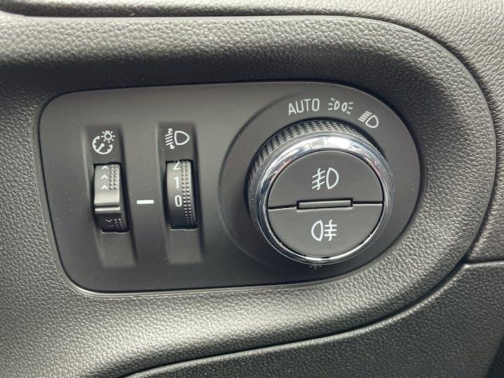 Vauxhall Grandland X 1.5 Turbo D Blueinjection Elite Nav SUV 5dr Diesel Manual (s/s) (130 Ps) | FV21CWO | Photo 28