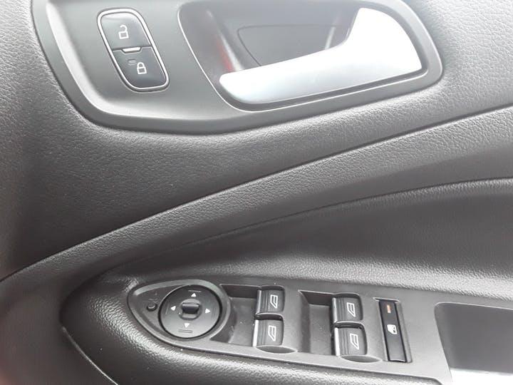 Ford Kuga 1.5 TDCi Titanium 5dr 2wd | MA18MBX | Photo 28