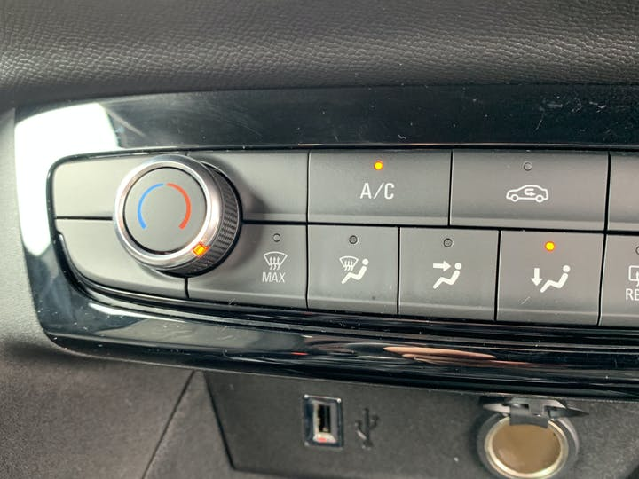Vauxhall Corsa 1.2 SE Hatchback 5dr Petrol Manual (75 Ps) | VE69XFB | Photo 28