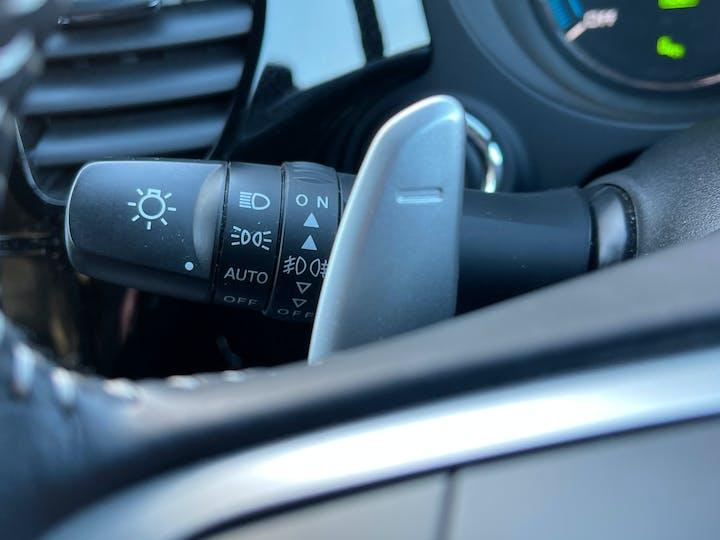 Mitsubishi Outlander 2.4h Twinmotor 13.8kwh 4h SUV 5dr Petrol Plug In Hybrid Cvt 4wd (s/s) (209 Ps) | YH19JRL | Photo 28