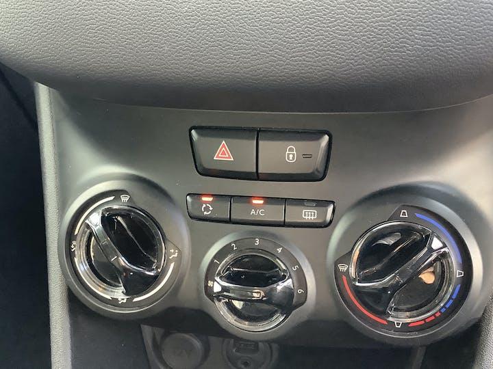 Peugeot 208 1.0 VTi Puretech Active Hatchback 5dr Petrol Manual (99 G/km, 68 Bhp)   FV64YGF   Photo 29