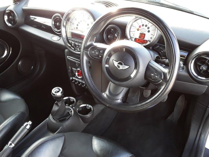 MINI Hatch 1.6 Cooper Soho Hatchback 3dr Petrol Manual (127 G/km, 122 Bhp)   BV61ODK   Photo 3